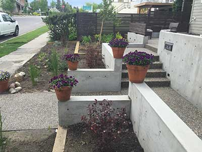 Four Flower Pots with Stairs