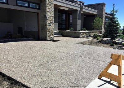 fourteen-exposed-aggregate-driveway