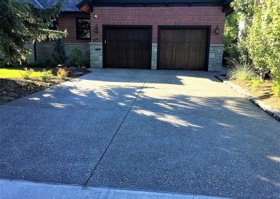nineteen-exposed-aggregate-driveway