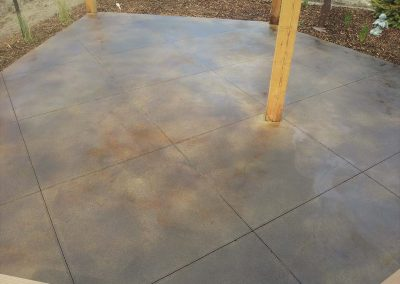thirty-three-acid-stain-concrete-patio