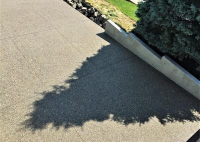 twenty-three-exposed-aggregate-driveway