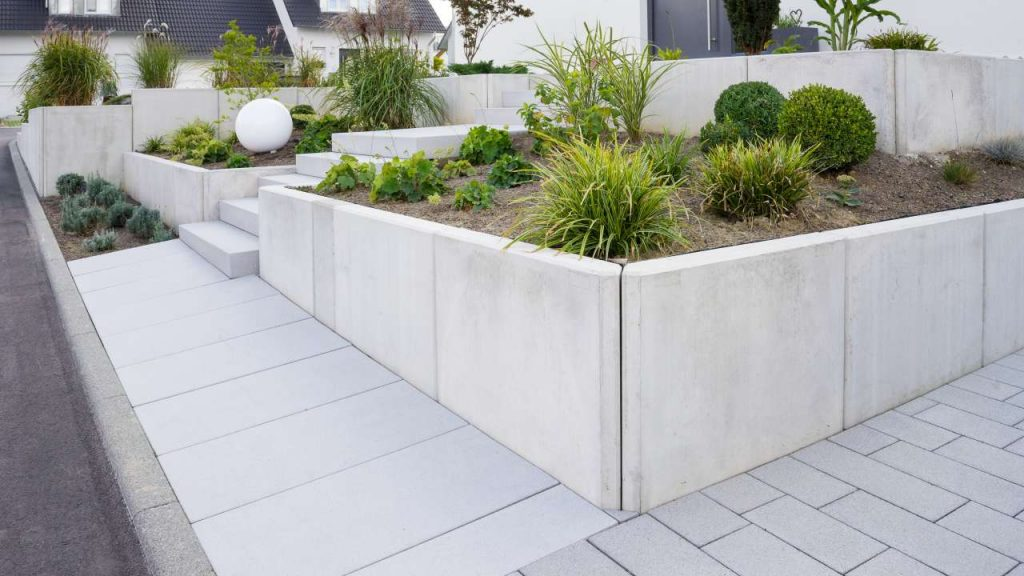 Concrete Walls and Planters Richmond