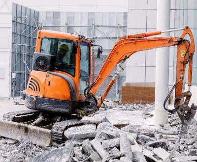 Robot Equipment destroying the floor